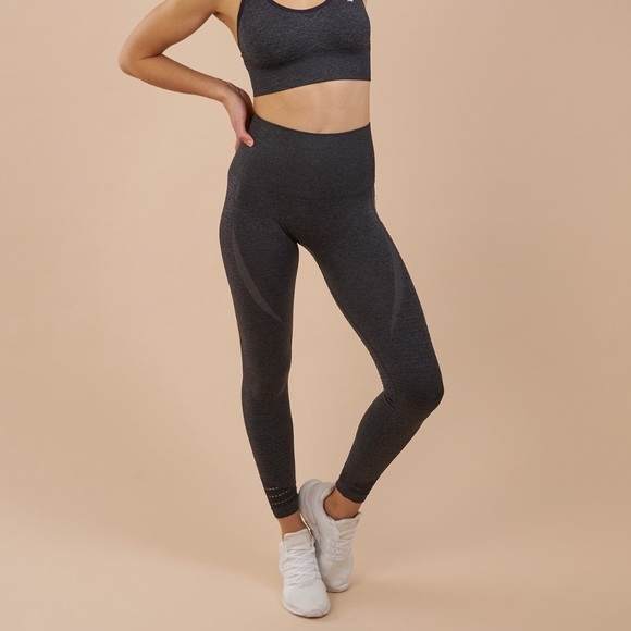 b7fb770014542 Gymshark Pants - Gymshark high waisted seamless leggings (xs)
